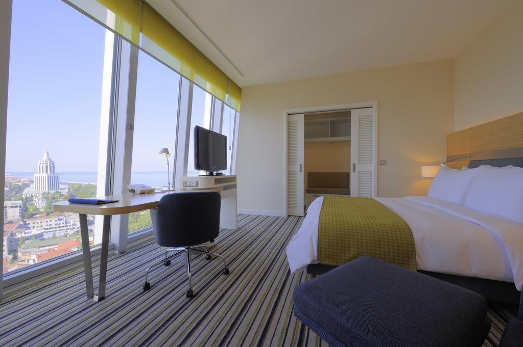 Radisson Blu Batumi hotel (19).jpg