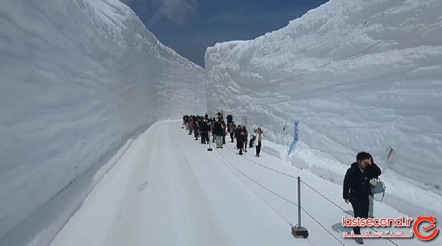 بامِ ژاپن، برفیترین جاده جهان