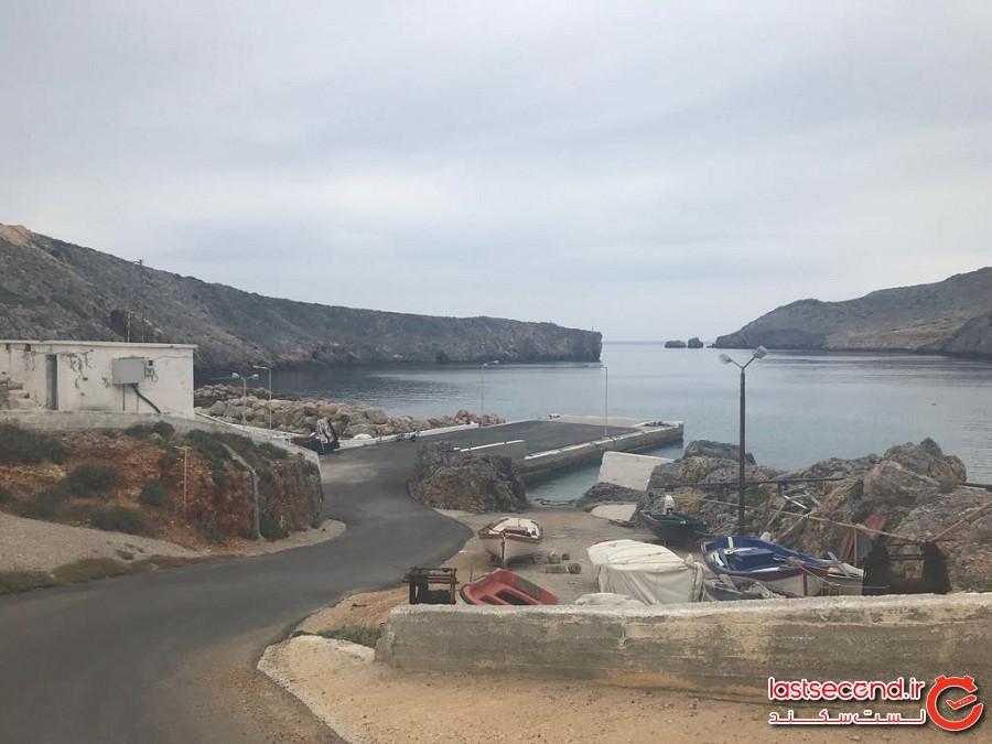 حقوق ماهیانه بگیرید و در این جزیره یونانی زندگی کنید