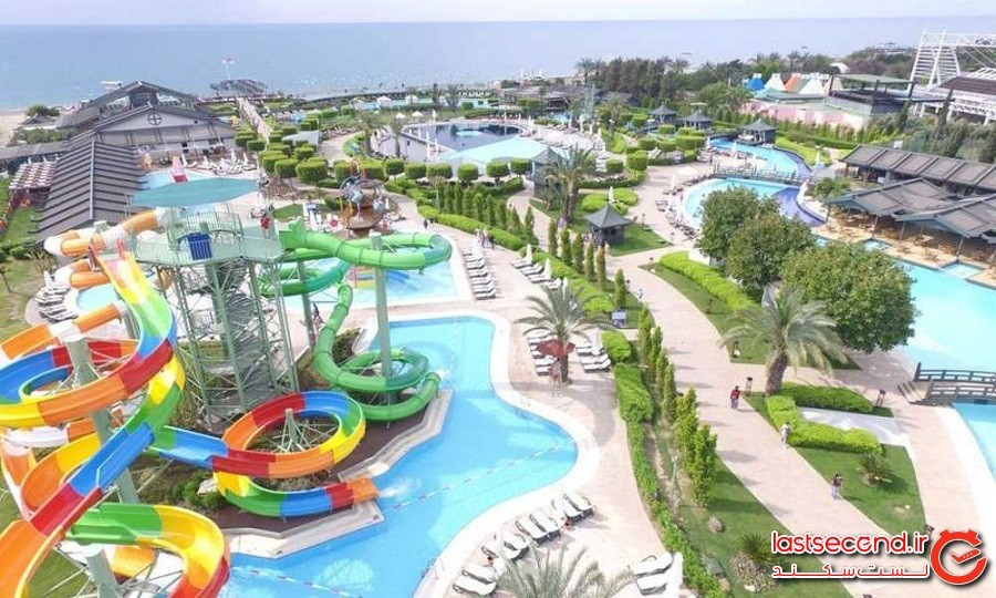 water-park-of-limak-lara-hotel.jpg