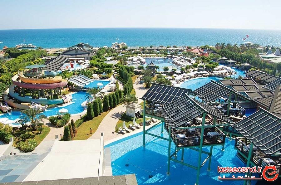water-park-of-limak-lara-hotel-1.jpg