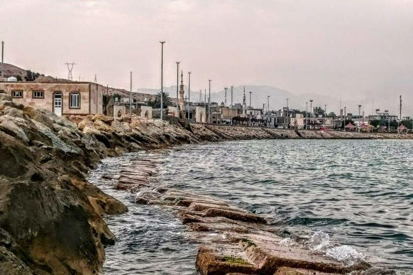Bandar Siraf Beach