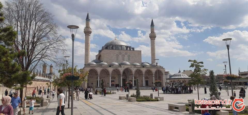 18- نمای مسجد کنار مزار مولانا (Copy).jpg