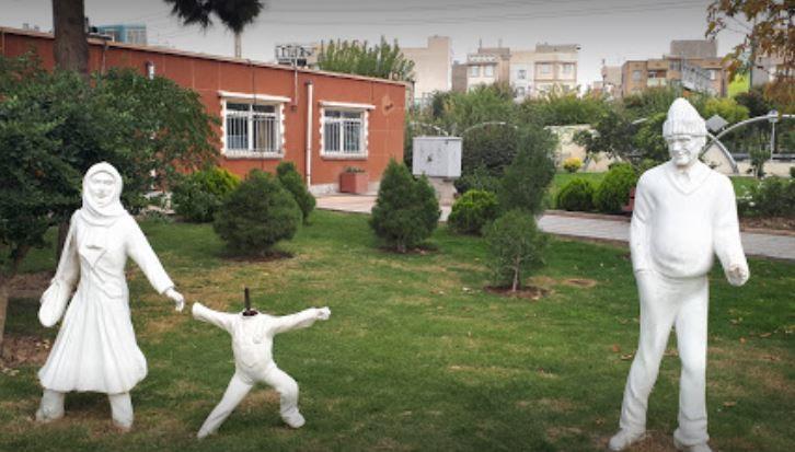 Velayat Park (3).JPG