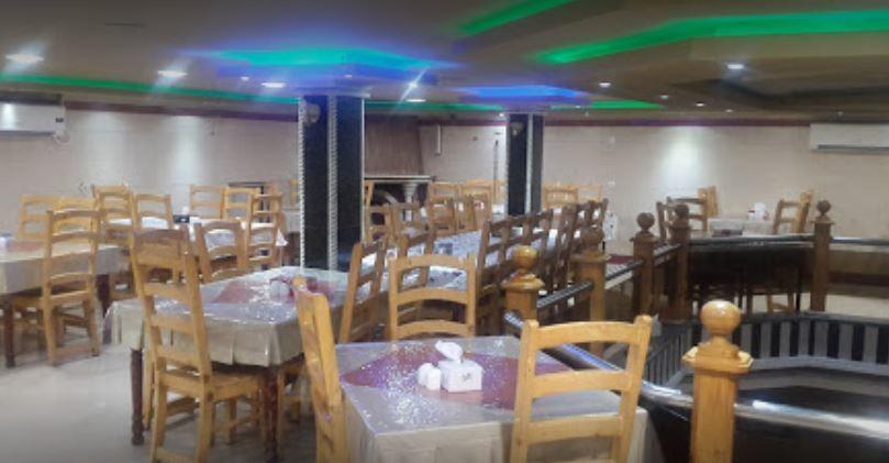 Reza Restaurant (2).JPG