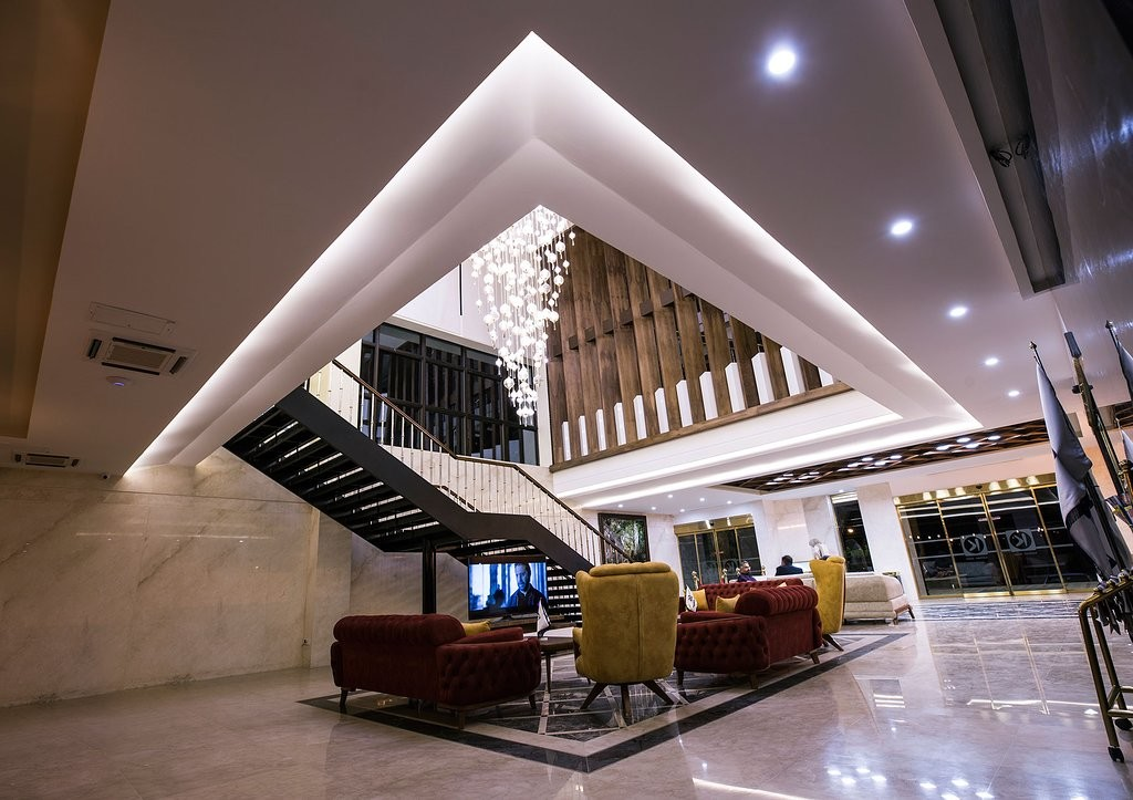 Katibeh Hotel (2).jpg
