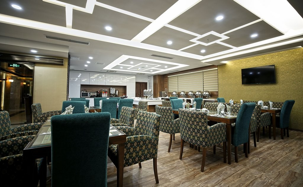 Katibeh Hotel (10).jpg