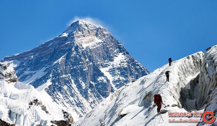 کوه اورست (Everest) – نپال و چین (Nepal and China)