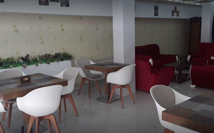 Moghadam Cafe (1).JPG