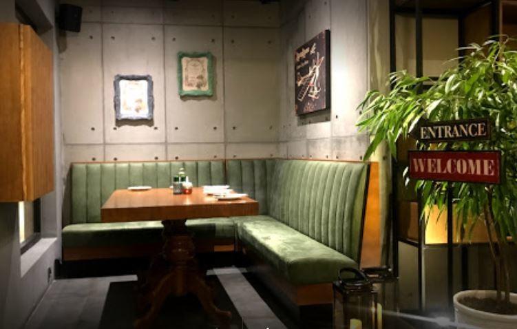 Davenico Restaurant (1).JPG