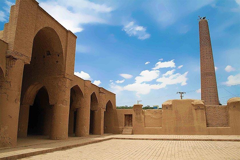 تاریخانه، مهمترین بنای قرون اولیه اسلامی دردامغان!