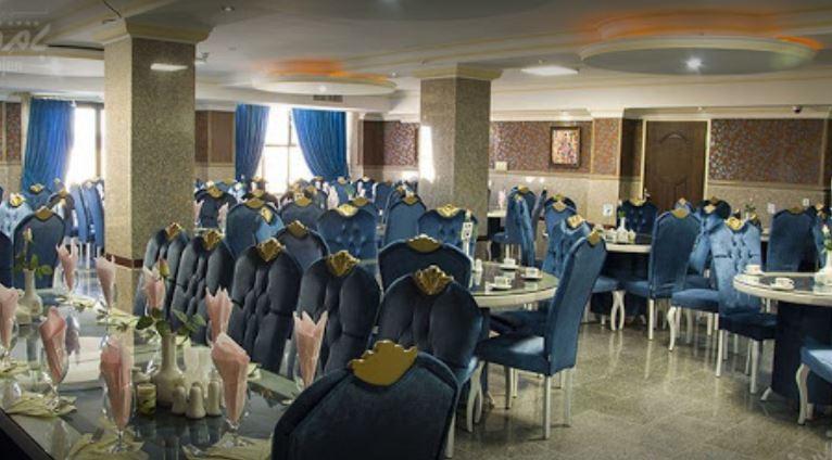 رستوران هتل بام بروجن