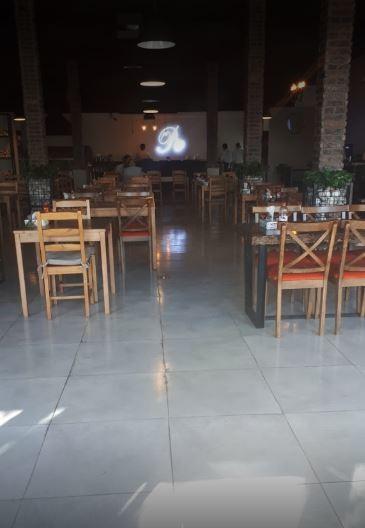 Pie Italian Restaurant (2).JPG