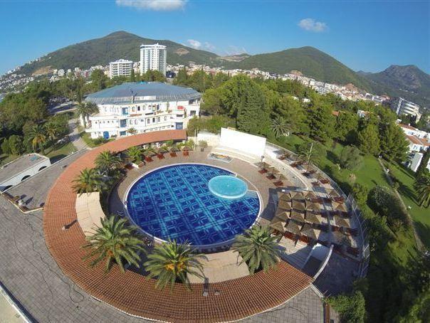 هتل اسلوونسکا پلازا