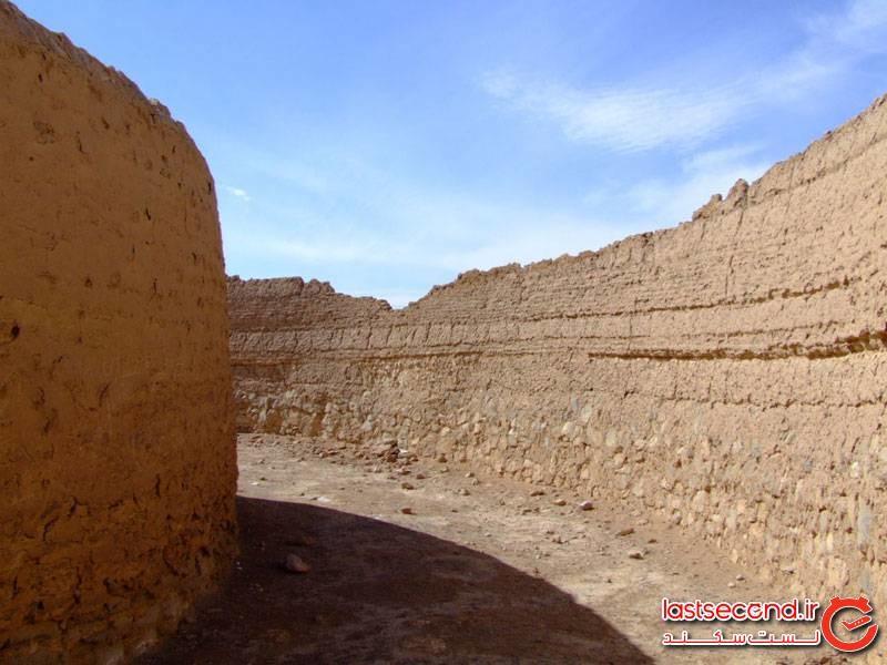 دخمه شریف آباد یزد