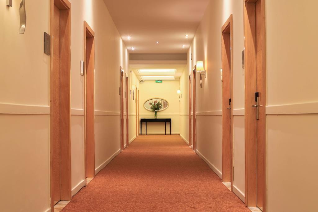 riviera-hotel-beirut (24).jpg