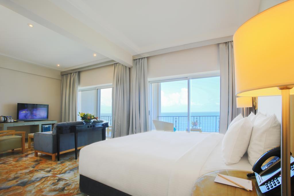 riviera-hotel-beirut (15).jpg