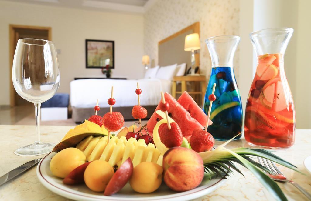riviera-hotel-beirut (13).jpg