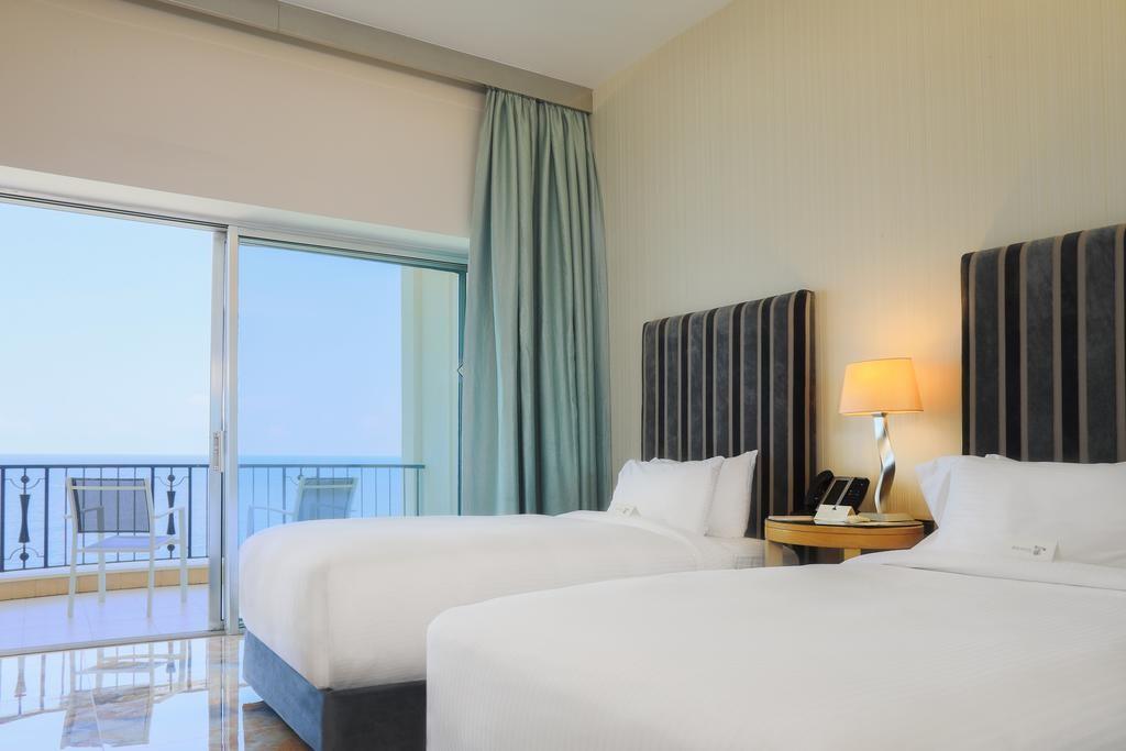 riviera-hotel-beirut (10).jpg