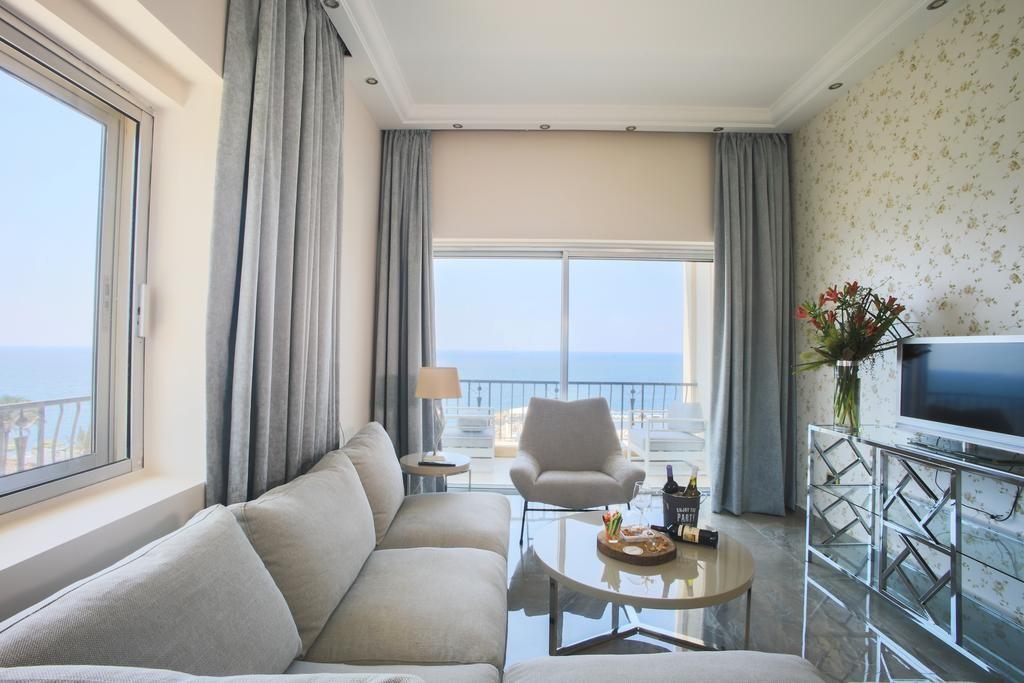 riviera-hotel-beirut (20).jpg