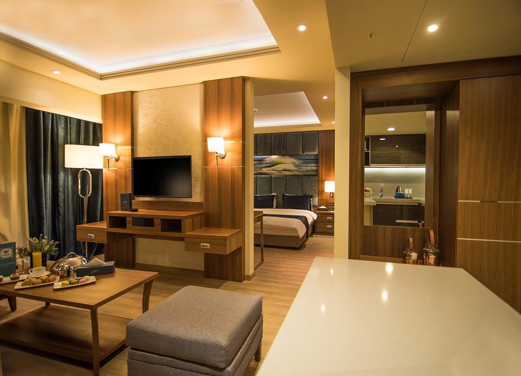 Gems-Hotel (5).jpg