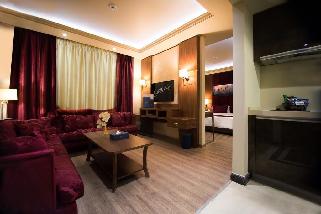 Gems-Hotel (20).jpg