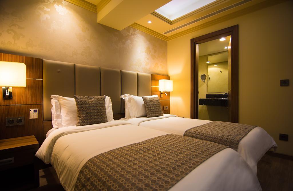 Gems-Hotel (25).jpg
