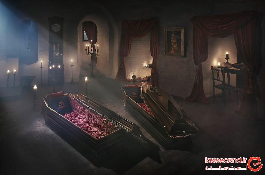 داخل قلعهای که قلعه دراکولا نامیده میشود