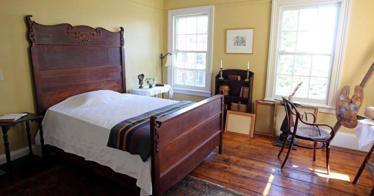 شبی را در اتاقی الهام گرفته از نقاشی ادوارد هاپر بگذرانید!
