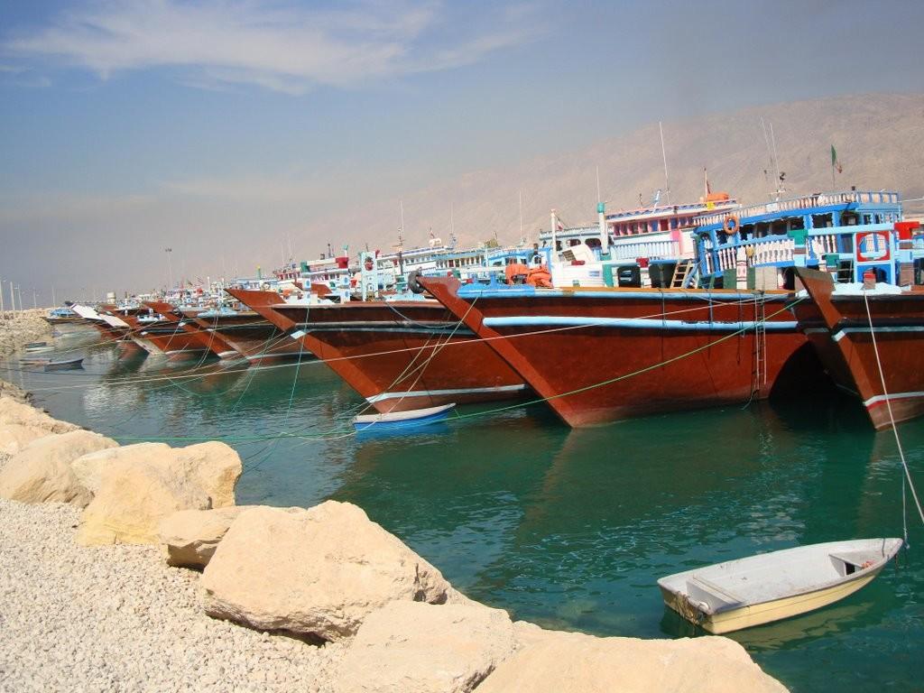 Nakhl Taghi Pier