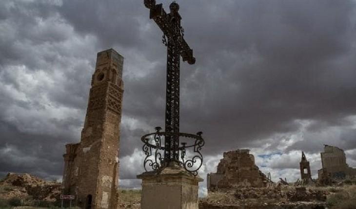 روستای بلچیت اسپانیا، منطقه ای خالی از سکنه که شبیه به فاجعه است!
