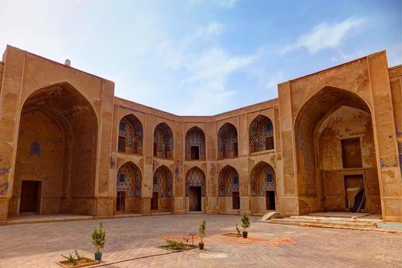 Khargerd Ghiasieh School (3).jpg