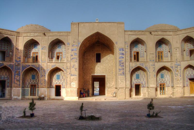 Khargerd Ghiasieh School (4).jpg