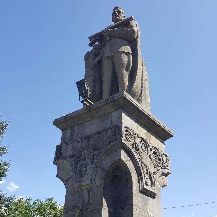 World War Two Memorial (1).jpeg