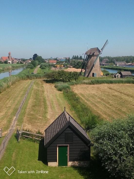 Kinderdijk Village (3).jpg