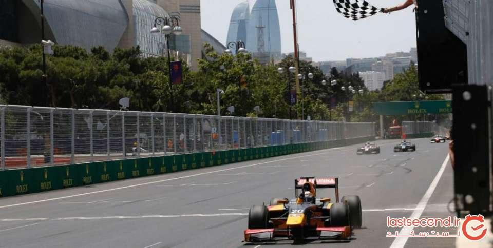 F1-baku-Grand-Prix-Azerbijan-2017-19-1024x516.jpg