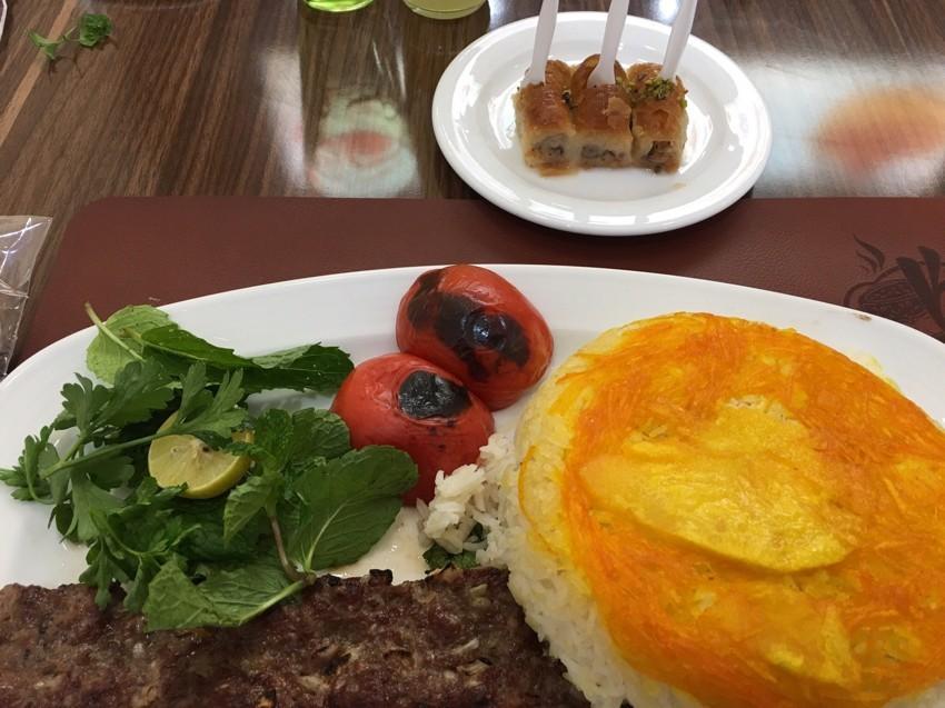 رستوران کته کباب عظیمی (شعبه 2)