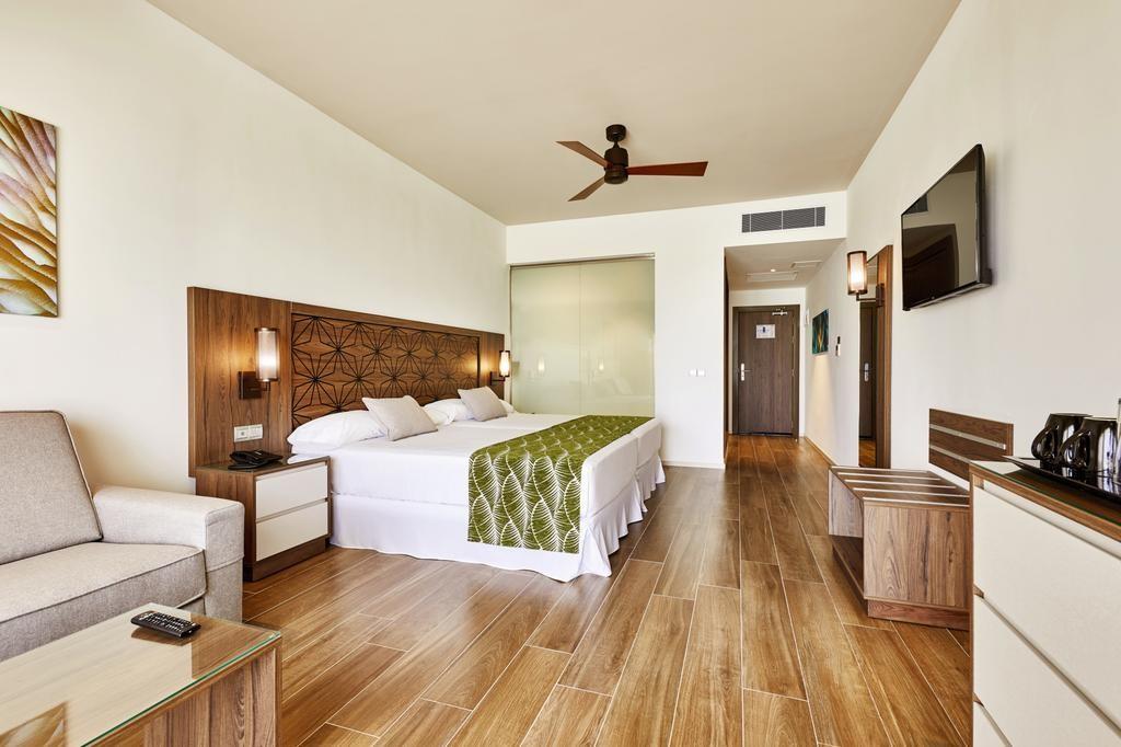 Hotel Riu Atoll (2).jpg