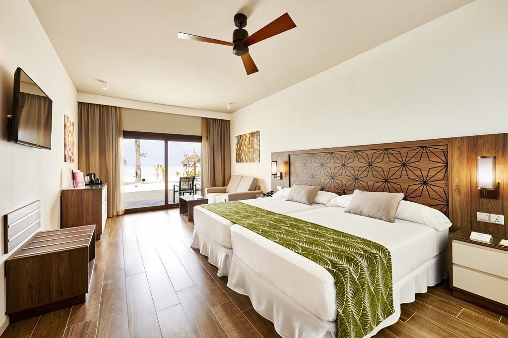 Hotel Riu Atoll (18).jpg