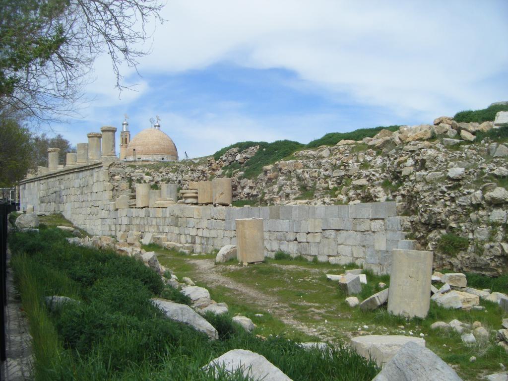 Temple of Anahita (2).jpg