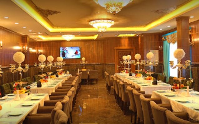 Rostami Restaurant (4).JPG