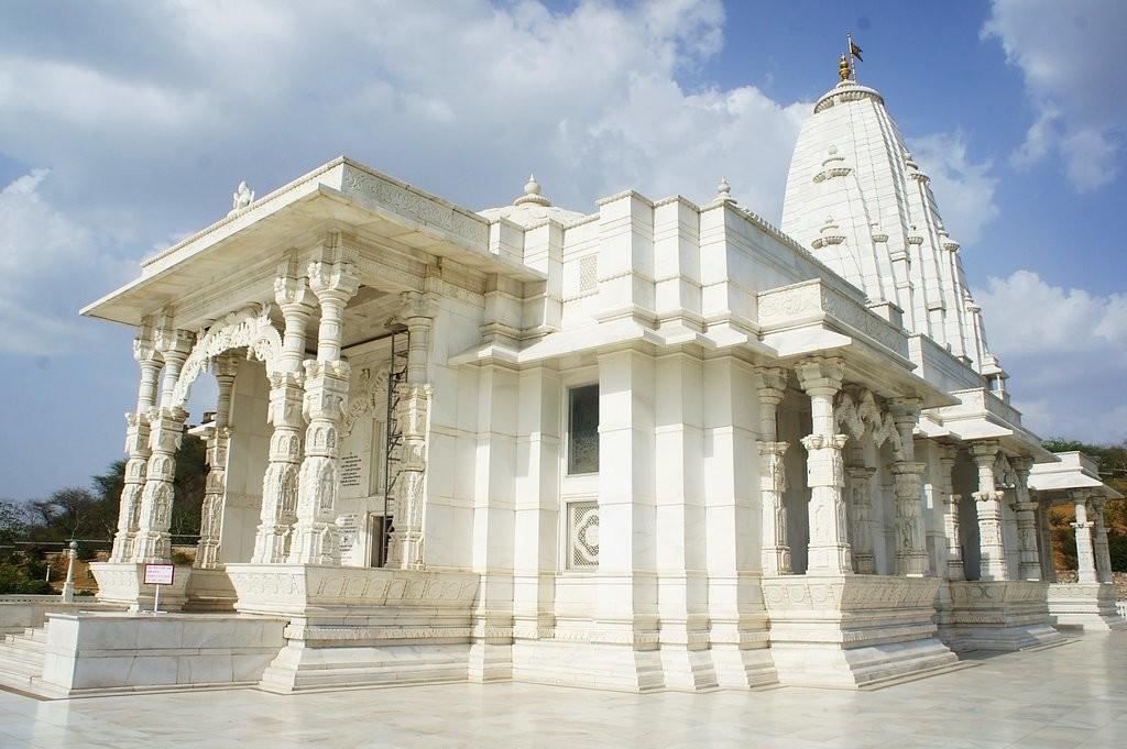 معبد بیرلا مندیر (جیپور)