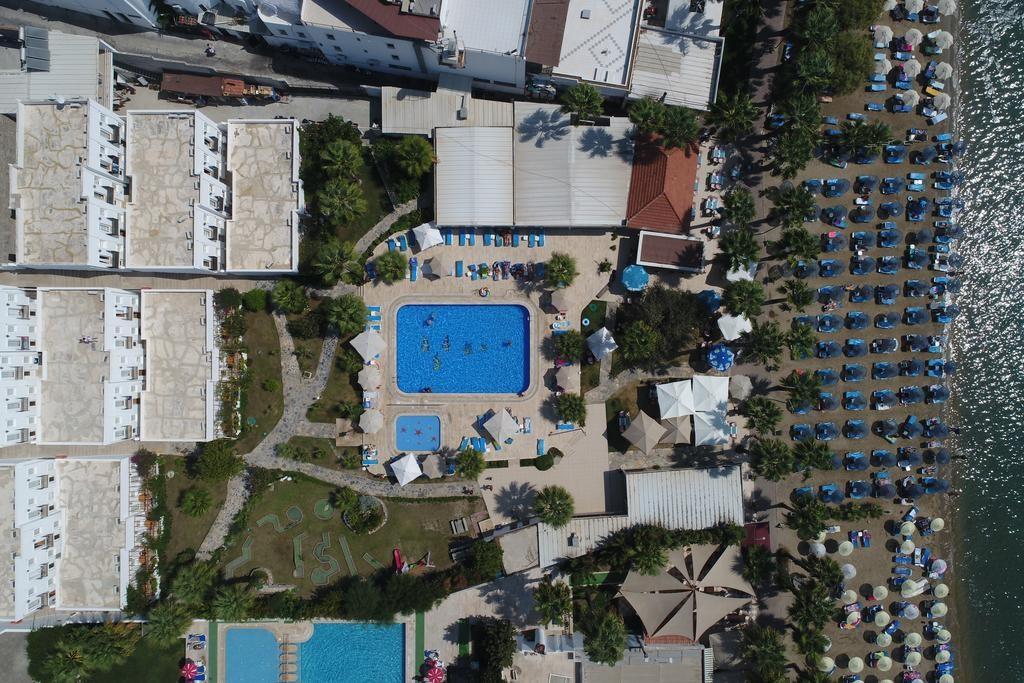 Nagi Beach Hotel (13).jpg
