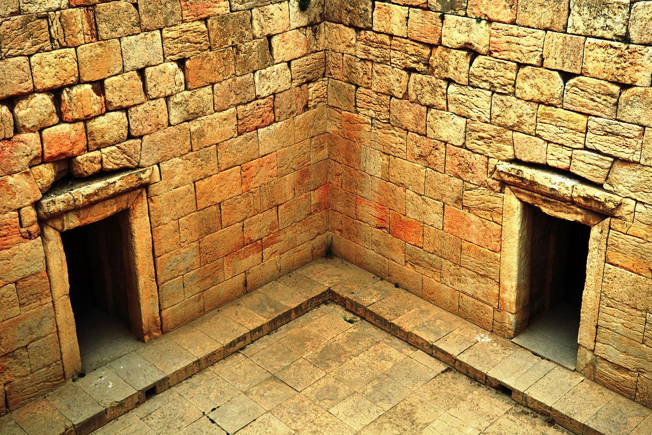 anahita-tempel-bishapur (2).jpg