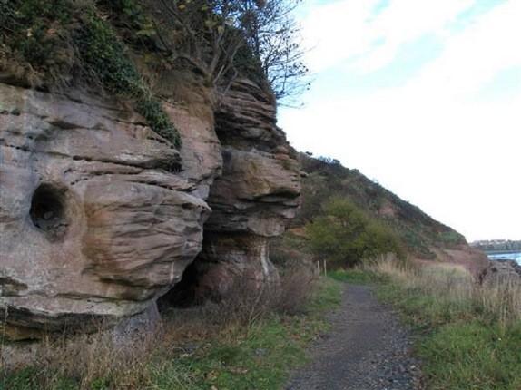 نگارههای باستانی غار ومیس اسکاتلند ناپدید میشوند!
