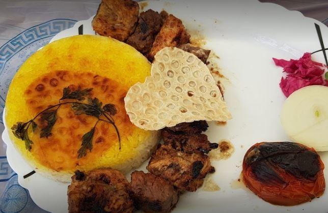 Yadgar Pedar Restaurant (2).JPG