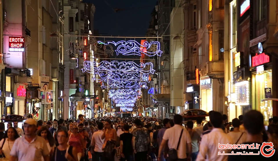 101315-Istanbul-Istiklal-Street-32.jpg