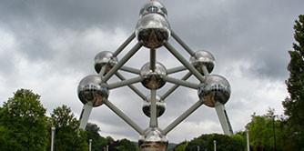 «آمستردام، پاریس، بروکسل» و «مونالیزا»