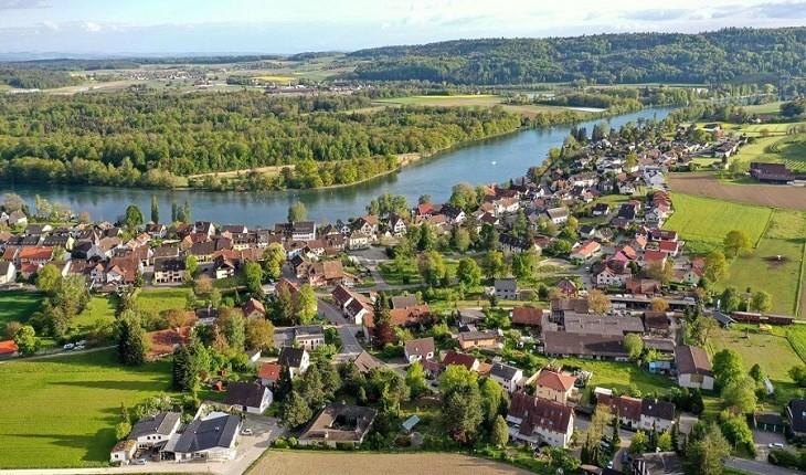 شهری آلمانی که در دل سوئیس زاده شده و مردمانش دو ملیتی هستند!