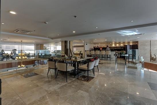 Vozara Hotel - Coffeshop3.jpg